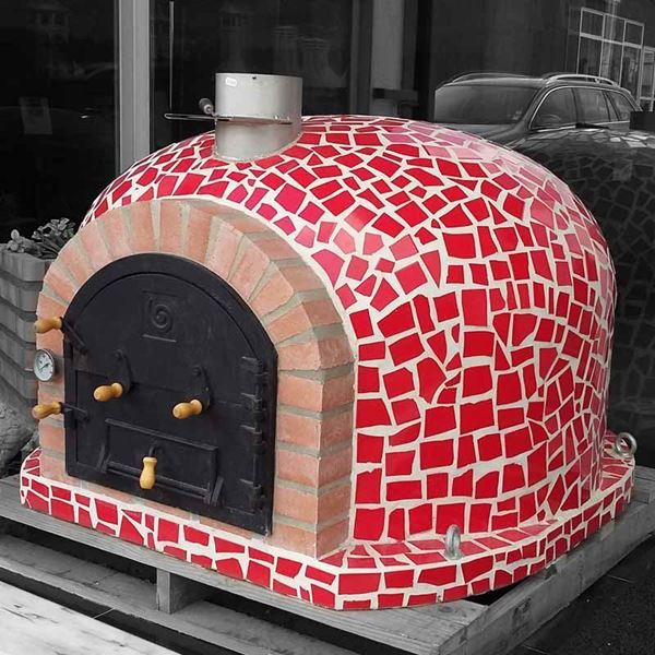 outdoor pizza oven mosaic