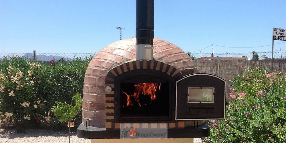 outdoor brick pizza ovens